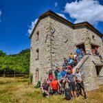 Un salto dalla torre medioevale nelle piscine naturali del Bidente 16/07/2017