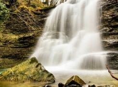 La Cascata segreta del popolo di Castel dell' Alpe
